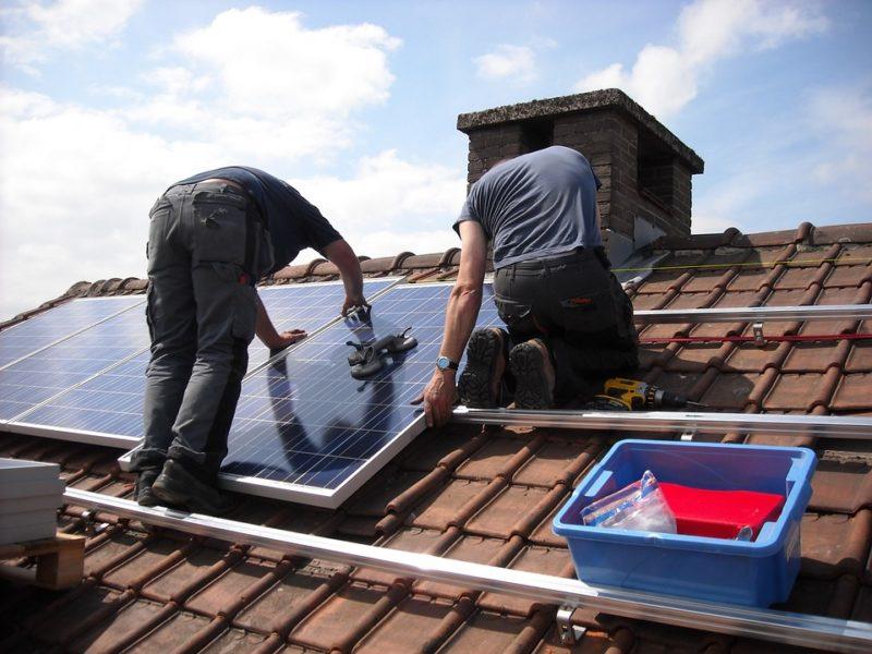 Installation von Solarpanelen